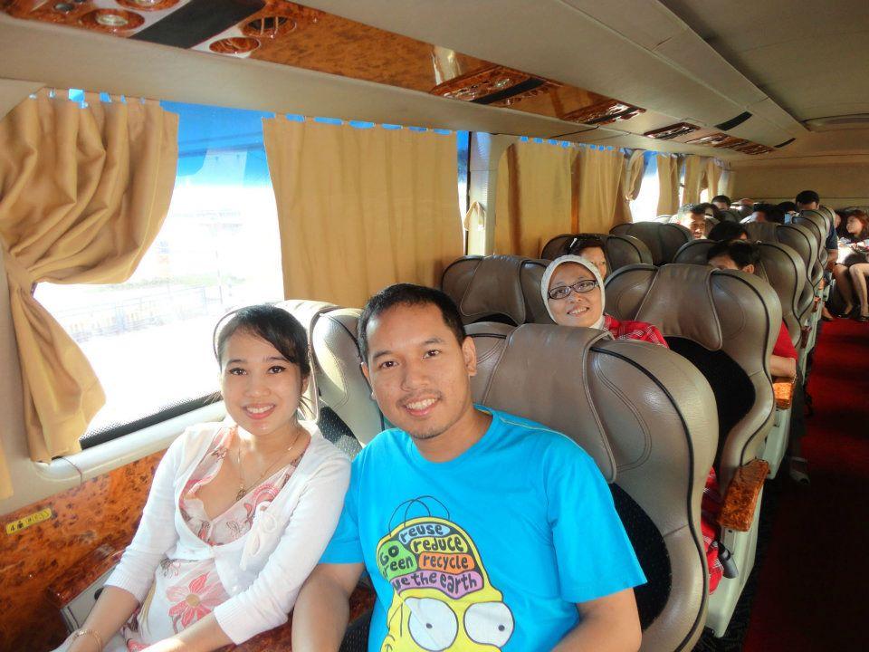 Dalam bus menuju KL