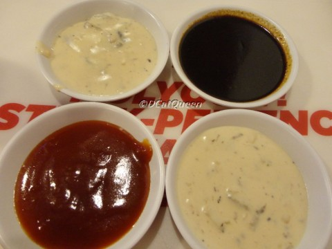 Atas Ki-Ka: Mushroom, Blackpepper. Bawah kiri: Barbeque sauce