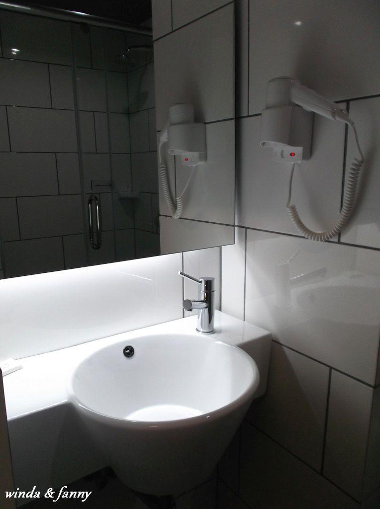 toilet tune hotel klia2