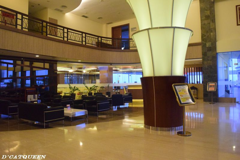 lobby bw suites