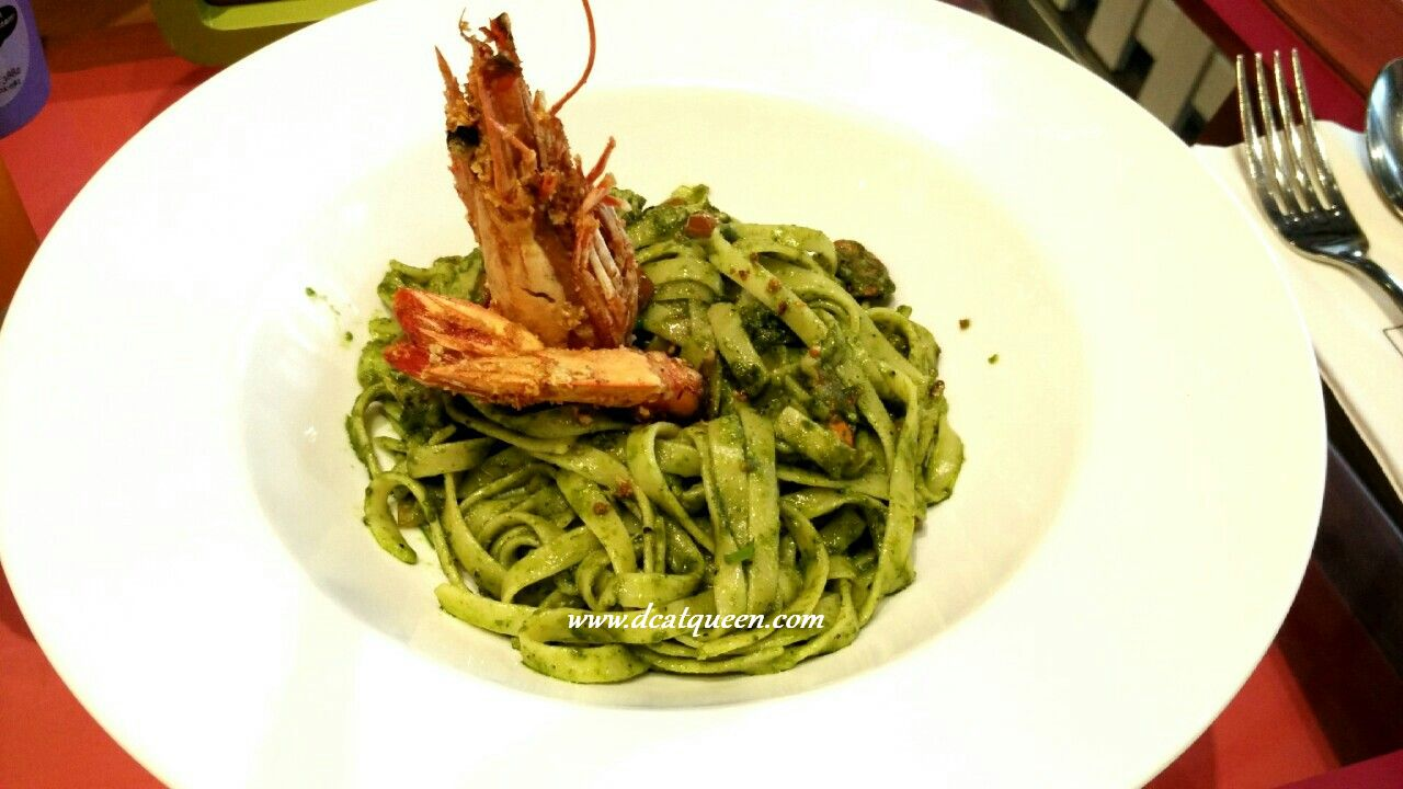 grilled prawn with basil sauce