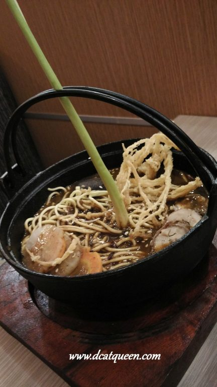 black curry ramen