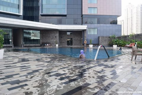 grand mercure pool