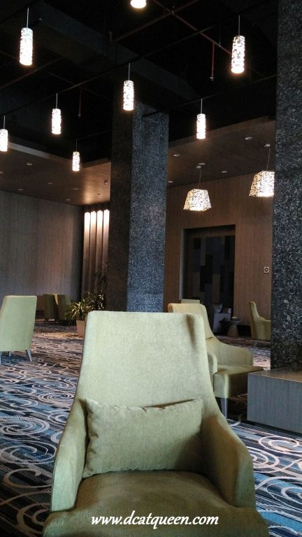 plumeria lounge