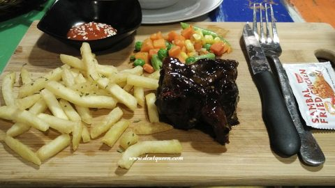STEAK KUCING