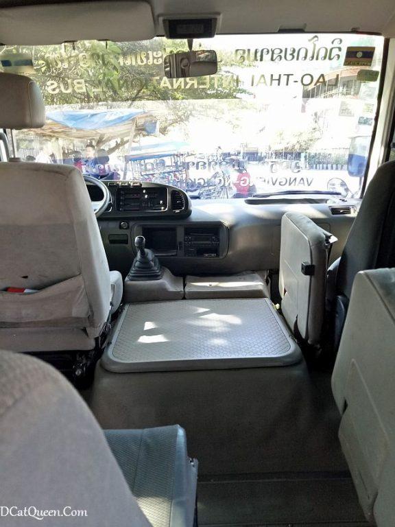 minivan vang vieng