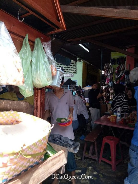 sate kacang pasar rame, sate padang simpang waspada, sate tegal al barokah