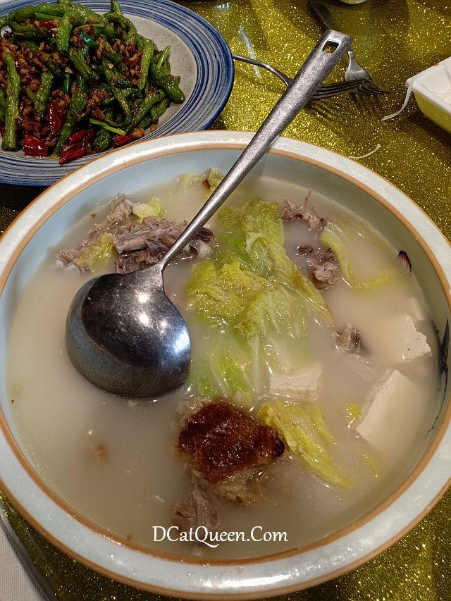 bebek peking beijing, dayali roast duck beijing, makan bebek peking di beijing, restoran bebek peking enak di beijing, cara makan bebek peking, wisata kuliner di beijing, makan apa di beijing