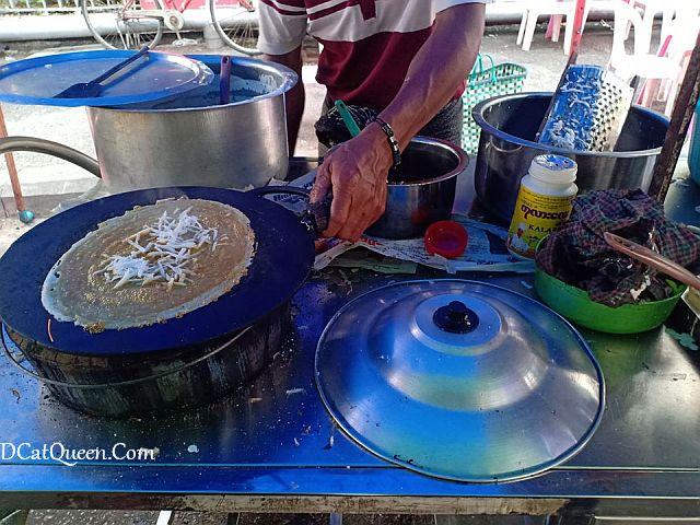 pancake kelapa yangon