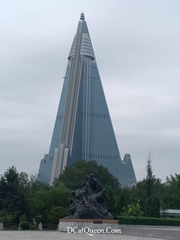 ryugyong hotel korea utara
