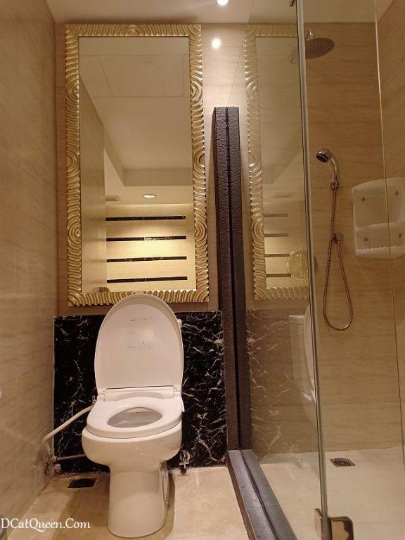 review hotel gumaya tower semarang