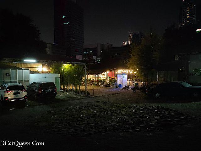 review-backyard-52cafe-kuningan